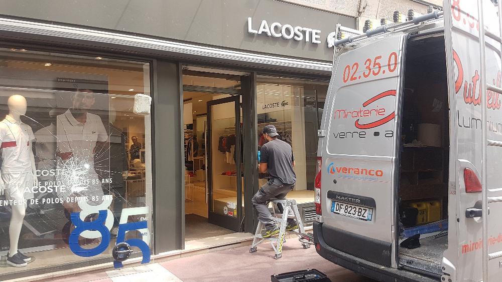 changement façade commerce Rouen