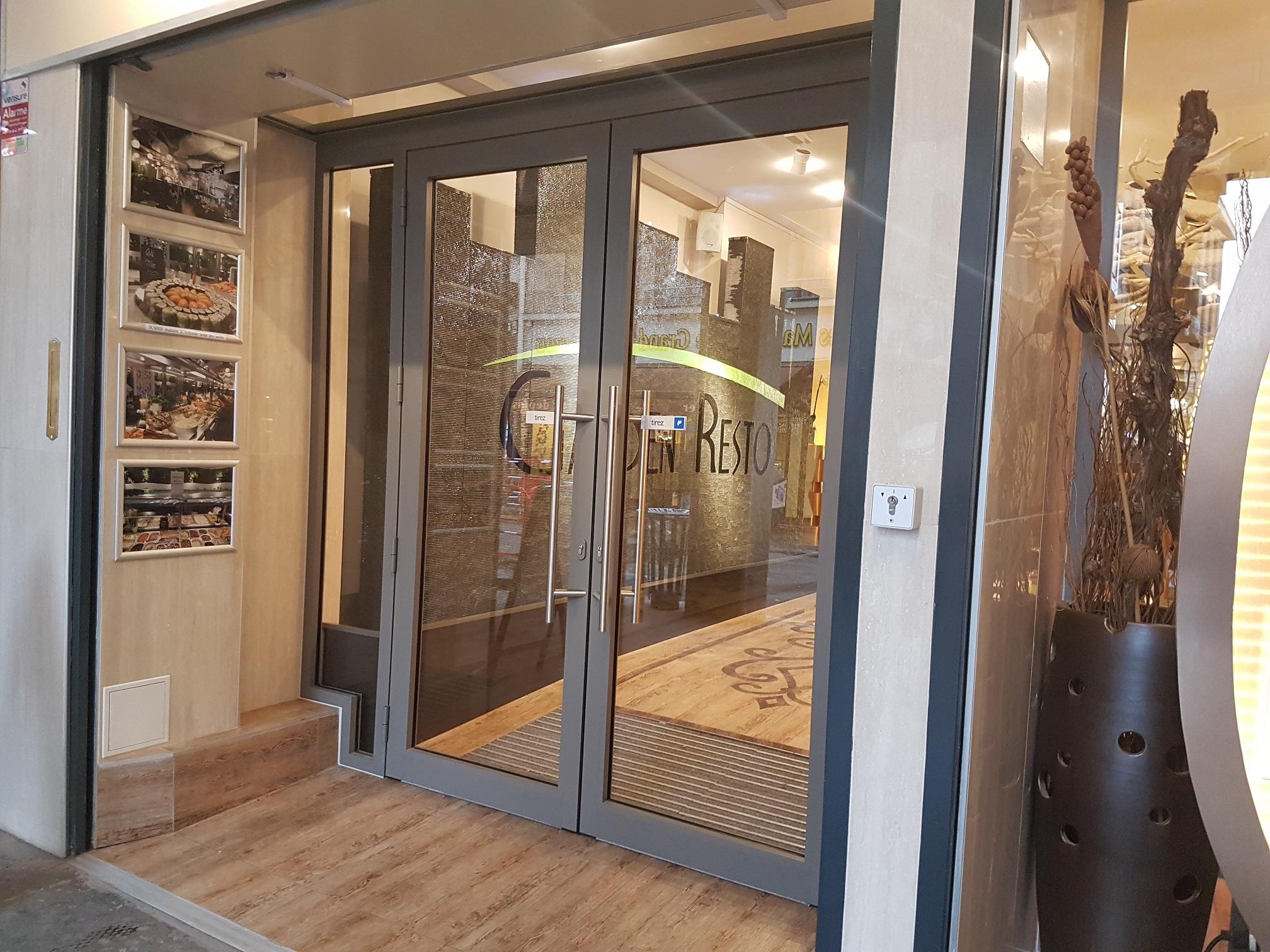 Rideau Porte D Entrée porte de magasin • miroiterie dutheil